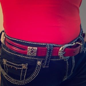 Red Brighton belt silver toned hardware guc